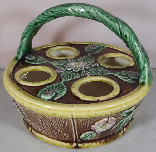 Victorian Majolica Pottery Egg / Egg Cup Carrier 1880s (1 of 1)
