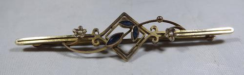 Vintage 9ct Gold Sapphire-Set Brooch (1 of 1)