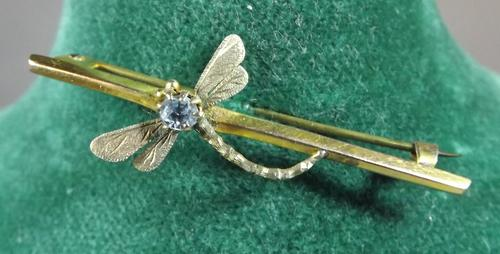 9ct Gold Stone-Set Dragonfly Brooch (1 of 1)