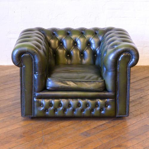Green Leather Chesterfield Club Chair (1 of 1)