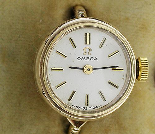 Omega Exquisite 9Kt Yellow Gold Ring Watch with Original Box - Swiss 1968 (1 of 1)