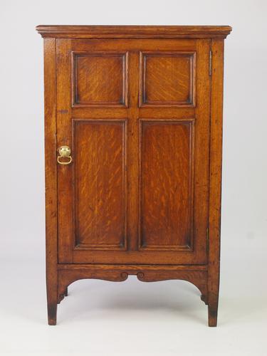 Small Antique Edwardian Oak Cupboard c.1910 (1 of 1)