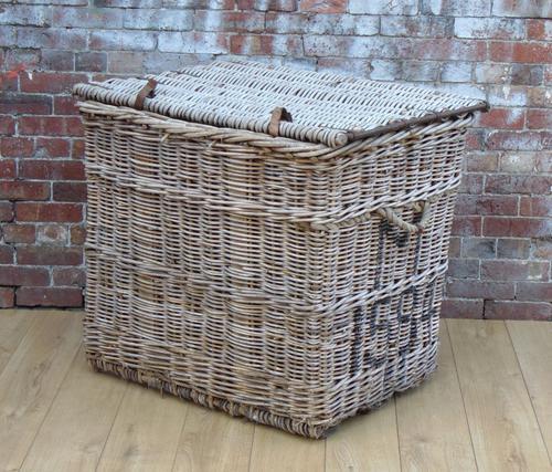 Large Wicker Linen Basket c.1920 (1 of 1)
