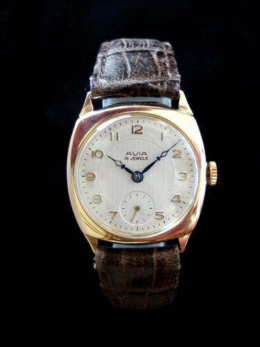 Avia Vintage Gold 1950 (1 of 1)