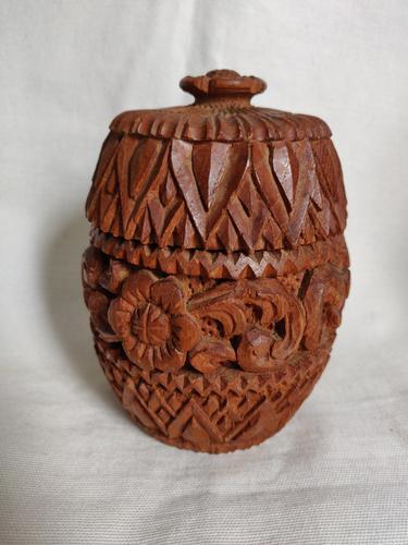 Hand Carved Wood Carving Tobacco Jar Box in Merbau Mahogany Indonesia (1 of 9)