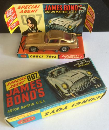Corgi James Bond Aston Martin DB5 c.1965 (1 of 1)