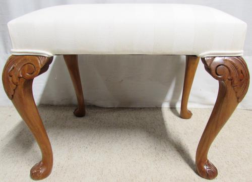 Quality Walnut Queen Anne Stool C.1920 (1 of 1)