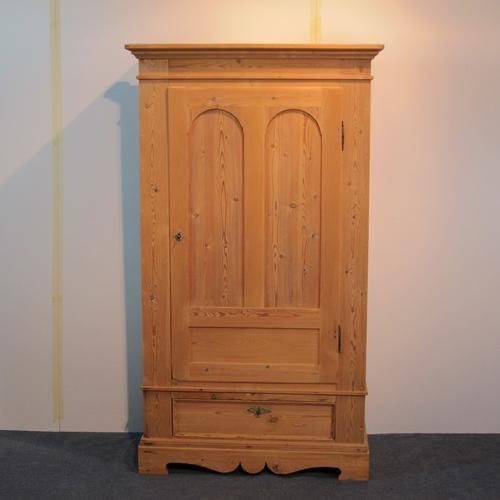 Single Door Antique Pine Wardrobe C.1900 (1 of 1)