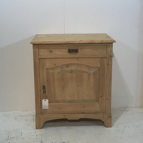 Small Pine Cupboard c.1925 (1 of 1)