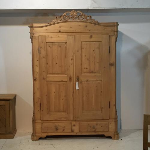 Large Antique Pine Double Wardrobe with Ornate Crown Top (1 of 1)