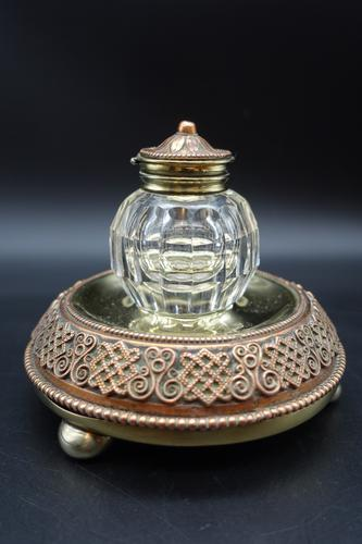 Finely Cast Early 20th Century French Copper, Bronze & Brass Inkwell (1 of 5)