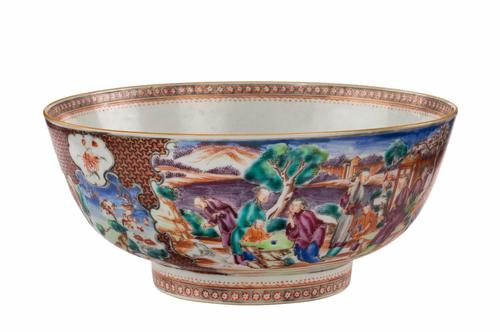 Late 18th Century Oriental Porcelain Bowl with Footed Rim (1 of 5)