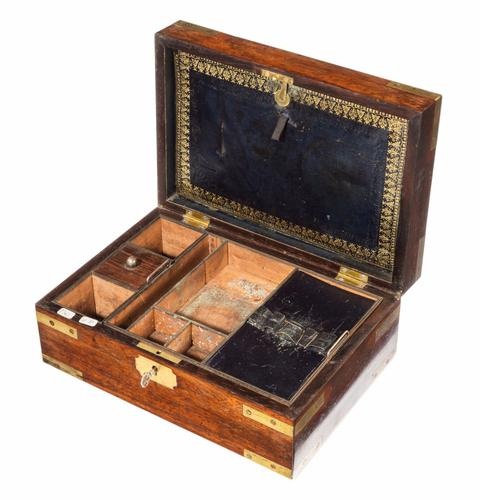 Late 18th Century Brass Mounted Mahogany Travelling Box (1 of 1)