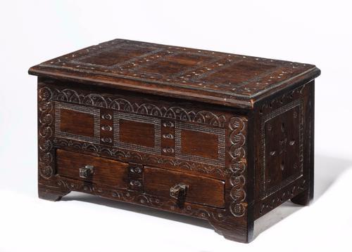 17th Century Style Oak Miniature Kist C.1890 (1 of 5)