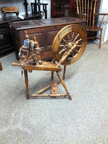 Antique Spinning Wheel c.1880 (1 of 6)