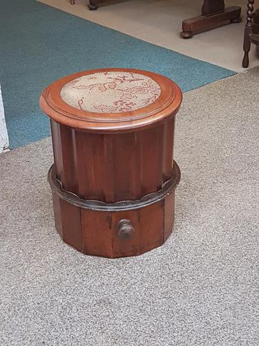 Victorian Box Seat Commode (1 of 6)