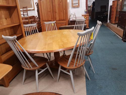 Pine Dining Table (1 of 2)
