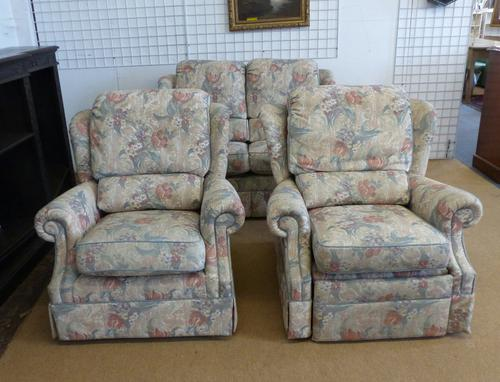 G-Plan Settee & Chairs (1 of 15)