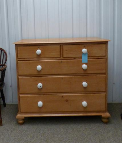 Pine Chest of Drawers c.1870 (1 of 1)