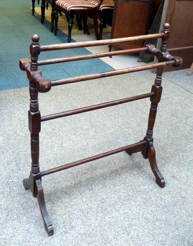 Late 19th Century Towel Rail (1 of 1)