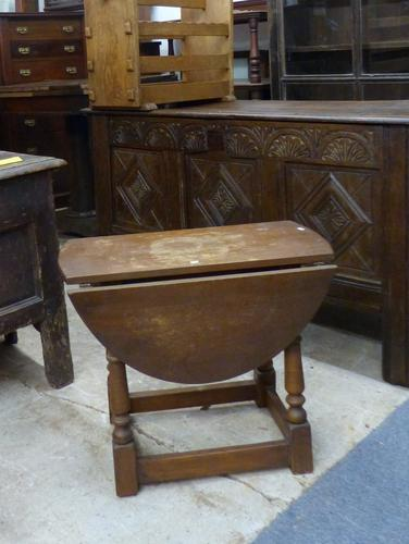 Small Oak Table c.1920 (1 of 1)