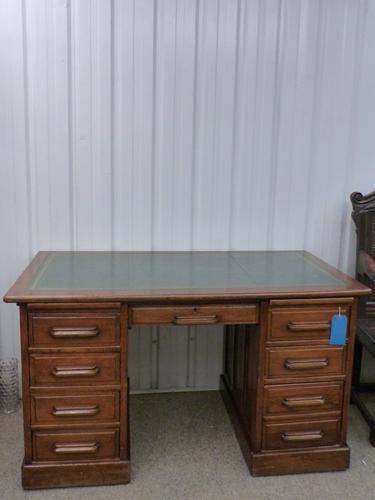 Vintage Oak Desk c.1940 (1 of 1)