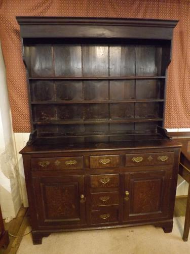 Georgian Scrumbled Pine Dresser (1 of 1)