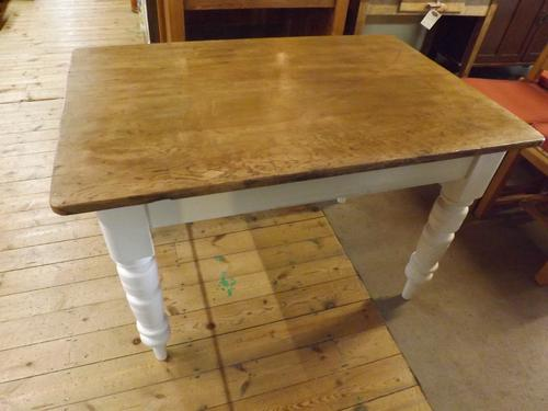 Victorian Pine Table (1 of 1)