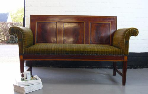 Unusual Very Attractive and Striking Edwardian Settle / Sofa (1 of 1)