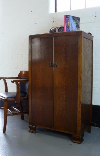 1930s Oak Panelled Tallboy Cupboard (1 of 1)