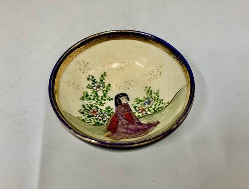 Small Oriental Satsuma Pottery Bowl c.1915 (1 of 6)