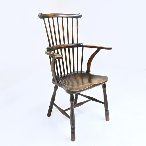 Windsor Comb Back Armchair (1 of 1)