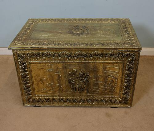Vintage Embossed Coal Log Box / Fireside Storage Box (1 of 1)