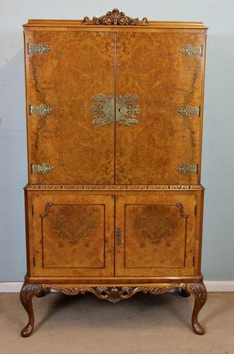Queen Anne Style Burr Walnut Cocktail Drinks Cabinet (1 of 1)