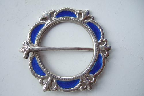 Alexander Ritchie Design Plaid Brooch by AH Darby & Sons 1943 (1 of 1)