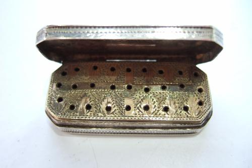 Rectangular Silver Vinaigrette 1809 with Original Sponge (1 of 1)