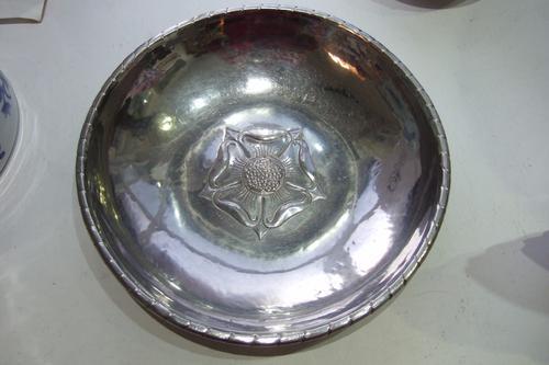 Vintage Keswick School of Industrial Art Repousse Bowl (1 of 1)