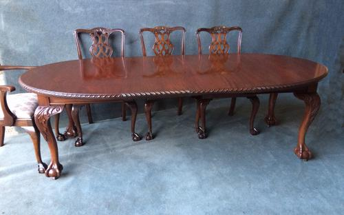 Victorian Mahogany Extending Dining Table (1 of 1)