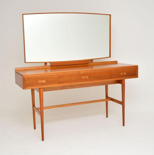 1960s Vintage Mahogany Dressing Table by Robert Heritage (1 of 12)