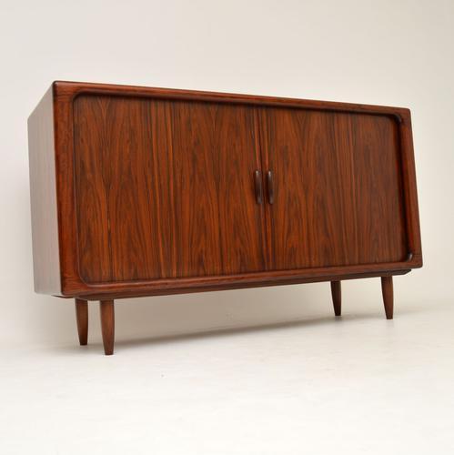 1960s Danish Rosewood Vintage Sideboard by Dyrlund (1 of 9)