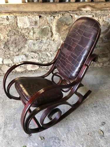 Bentwood Rocking Chair (1 of 2)