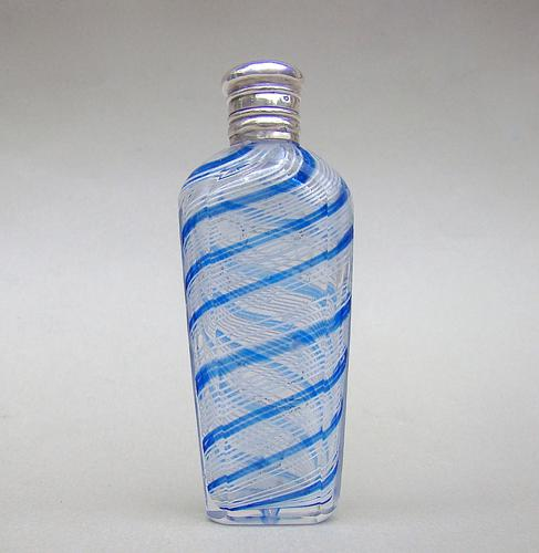 19th Century French Palais Royal Silver Mounted Clichy / Saint Louis  Glass Scent Bottle c.1880 (1 of 7)