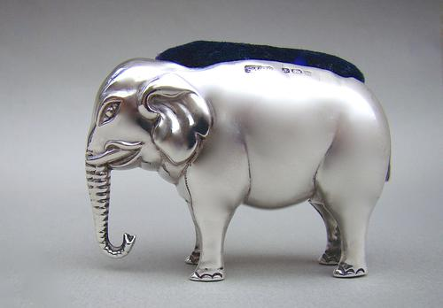 Large Edwardian Silver Elephant Pin Cushion by Spurrier & Co Birmingham 1906 (1 of 5)