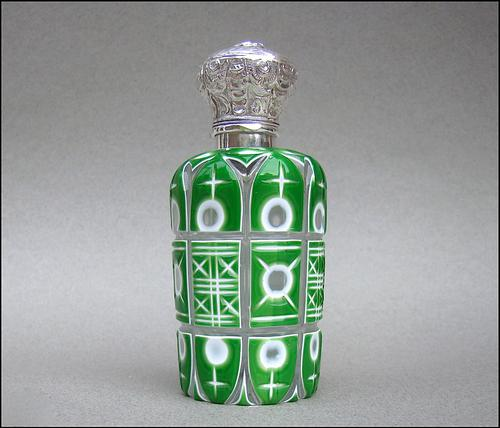 Victorian Silver & Bohemian Triple Cased Overlay Green Glass Scent Bottle c.1890 (1 of 7)