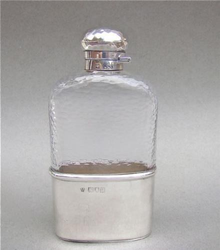 Stunning Arts & Craft Solid Silver Hip Flask by William Neale & Sons, London 1900 (1 of 1)