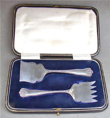 Cased Silver Sardine Servers by John Round, Sheffield 1922 (1 of 1)