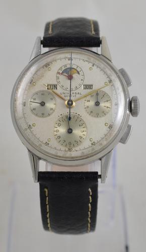 Universal Geneve Tri-Compax Wristwatch (1 of 6)