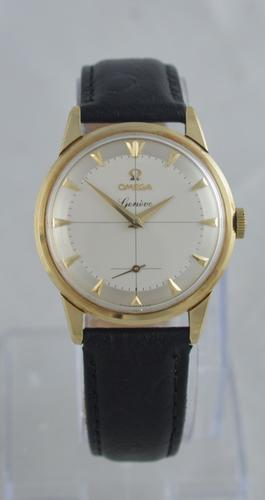 1959 Omega Geneve 9K Gold Wristwatch (1 of 8)