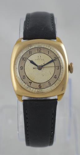 1938 Omega 9K Gold Wristwatch (1 of 6)