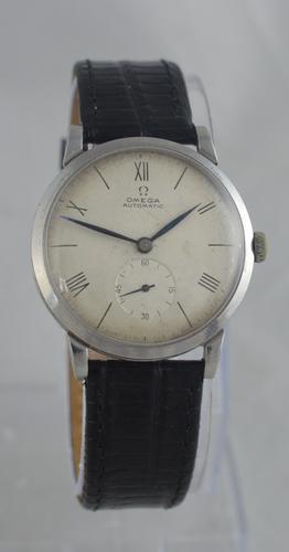 1946 Omega Automatic 'Bumper' Wristwatch (1 of 6)